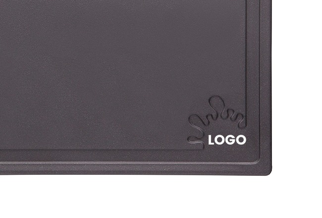 branded cutting board (small)